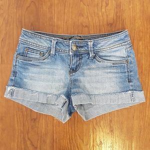 2/$15 light wash distressed denim jean shorts 2